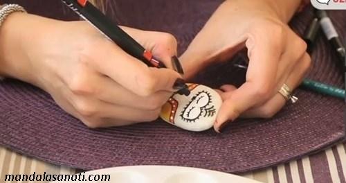 taş boyama baykuş nasıl yapılır?
