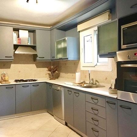 Ahşap mutfak dolabı boyama