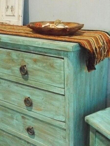 Evde mobilya eskitme nasıl yapılır?