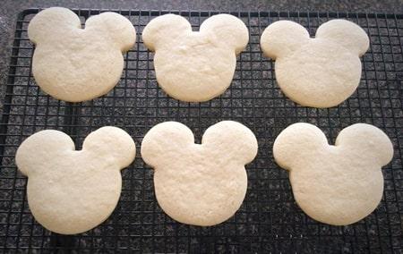 Şeker hamurundan butik kurabiye nasıl yapılır?
